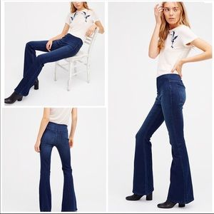 Free People Penny Pull-on Flare Jeans 26